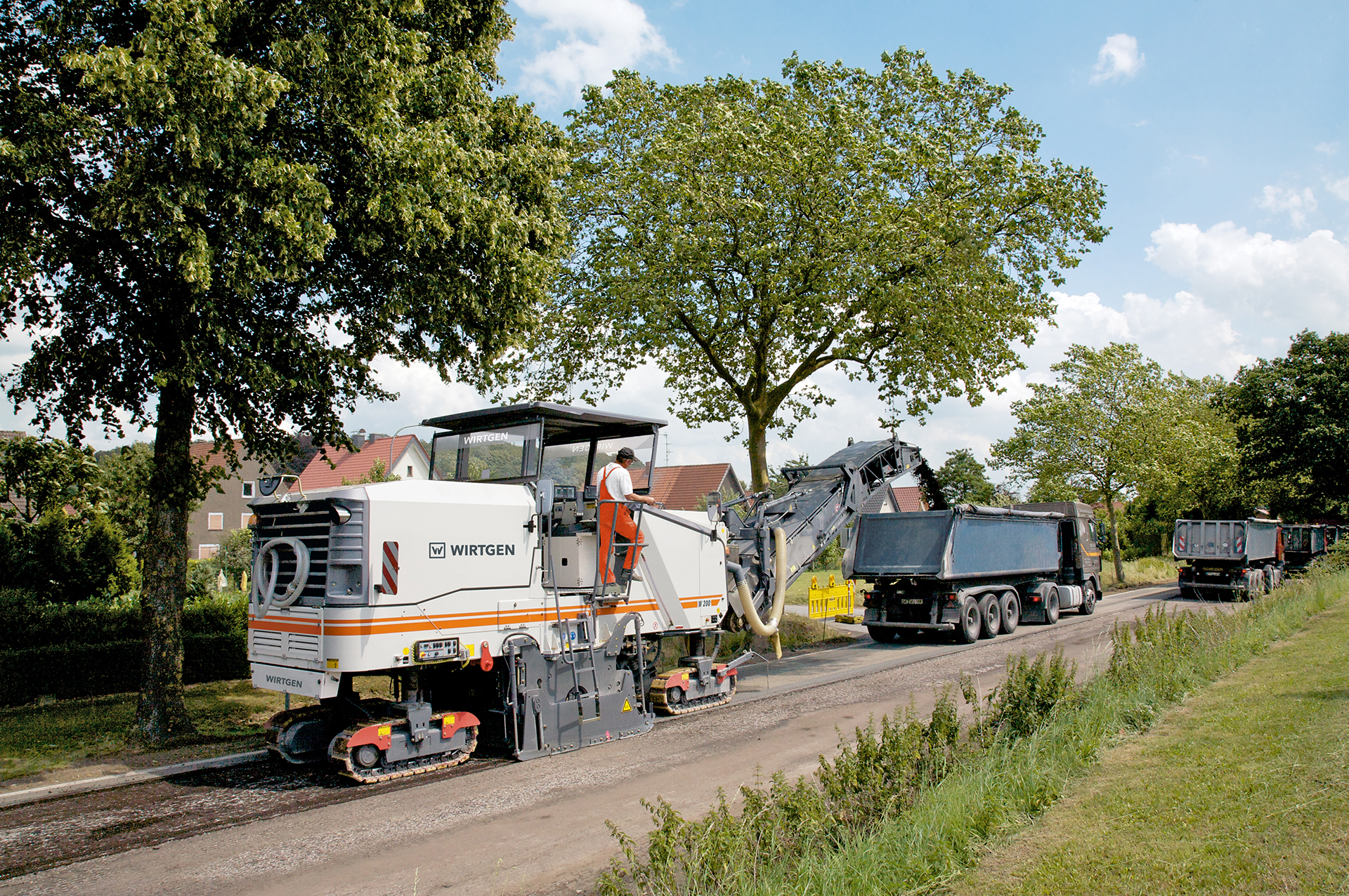 Road Milling and Sweeping has carved itself a niche rental business to become the largest privately-owned operator of milling machines in South Africa.